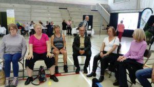 avarana yoga sur chaise pour Seniors