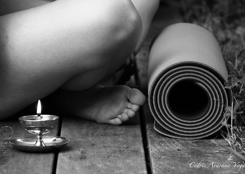 avarana yoga cours personnalisés Hatha Yoga individuels groupe particuliers professionnels à domicile, chez moi, sur votre lieu de travail